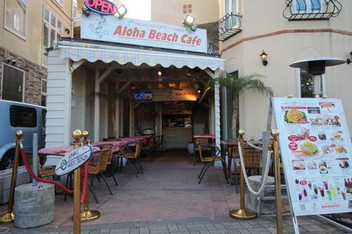 カフェ店舗入口